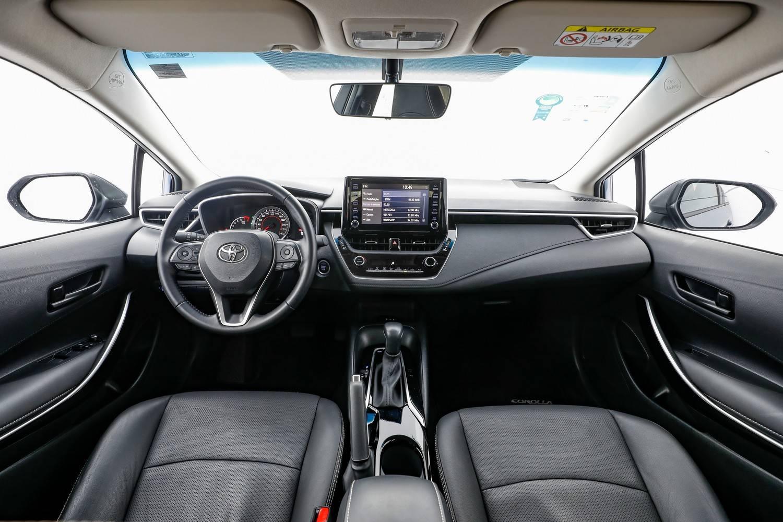 Toyota Corolla XEI interior