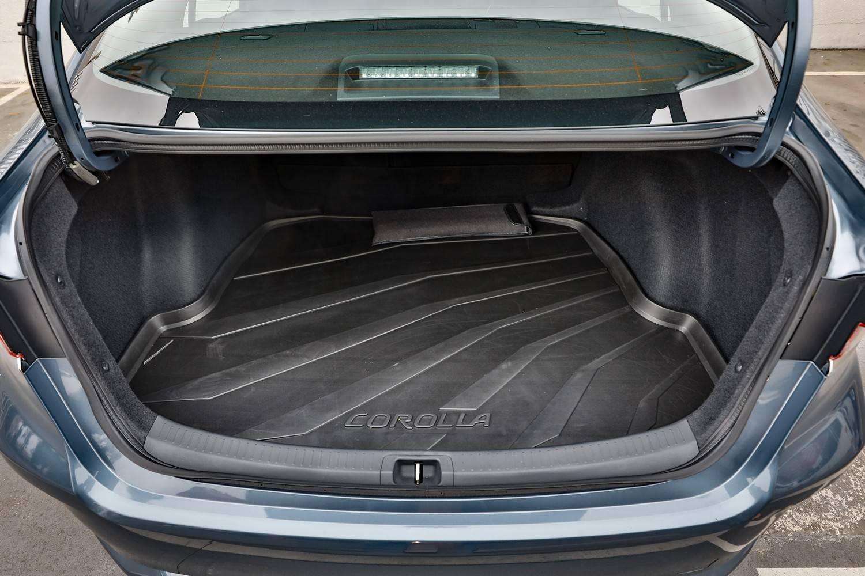 Toyota Corolla porta-malas