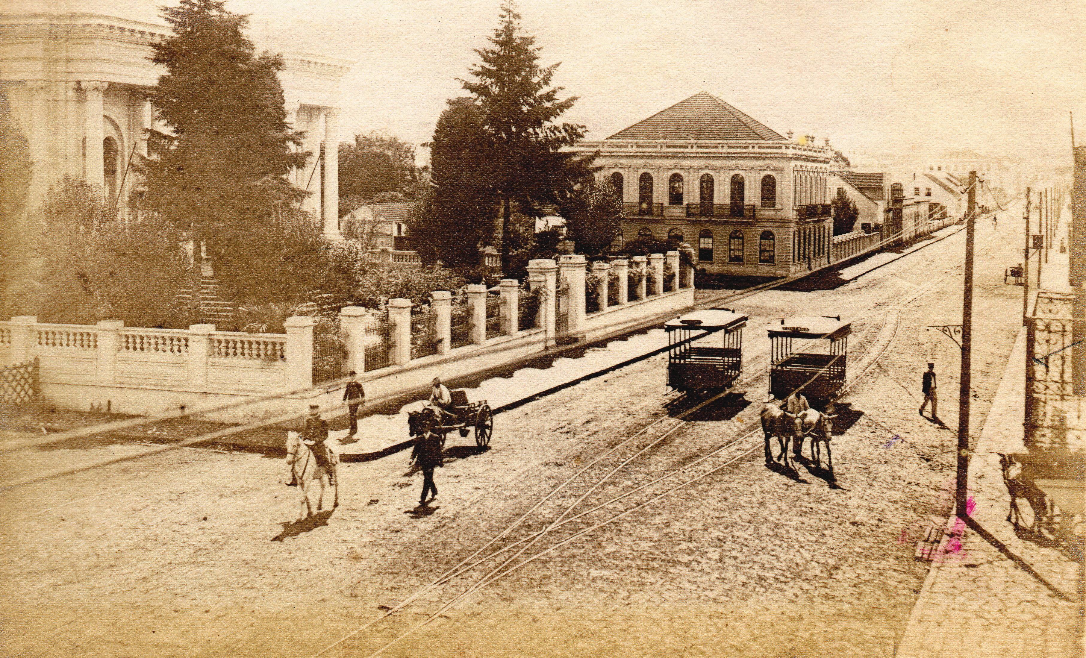 A antiga rua da Liberdade, hoje Barão do Rio Branco, em 1906.