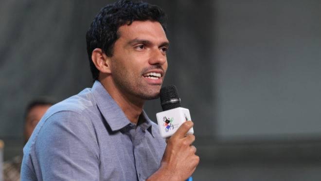 Carlos Vitor da Costa Ressurreição, ex-goleiro que agora dá palestras e participa de projetos sociais
