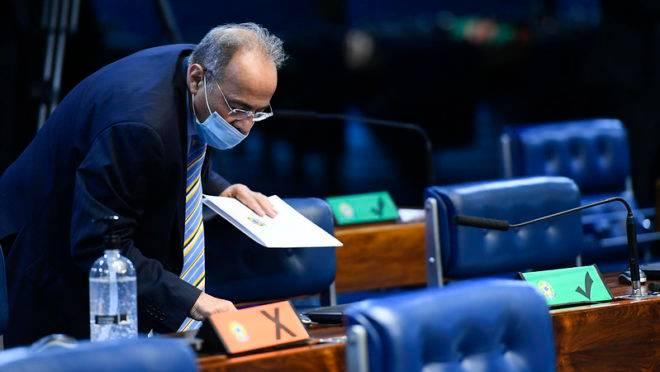 Servidoras de Chico Rodrigues também trabalhavam na empresa do filho do senador