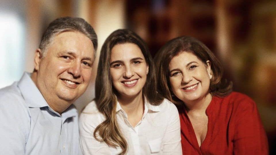 Garotinho testa influência com candidatura da filha Clarissa à prefeitura do Rio