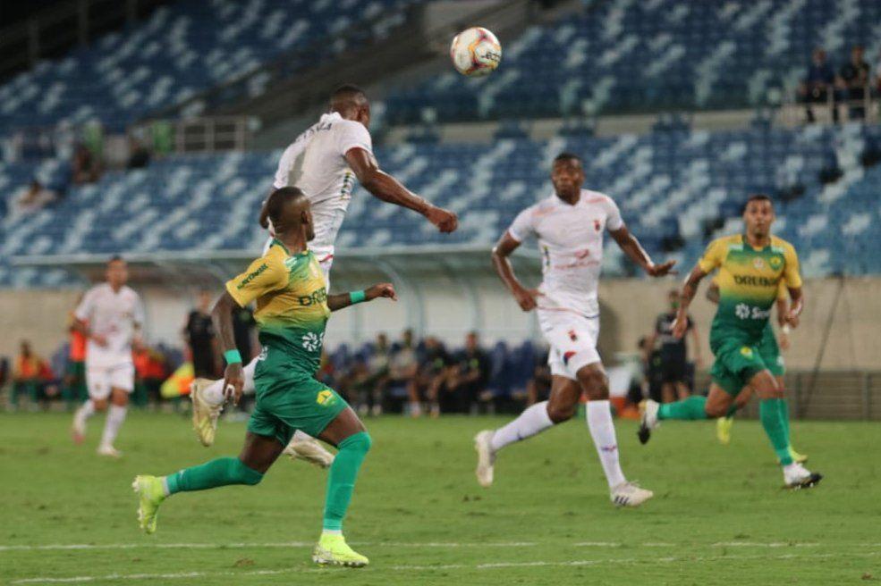 O Tricolor traz um ponto de Cuiabá.