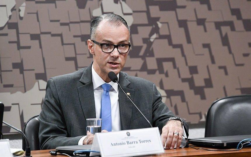 Não se pode cogitar postergar análise de vacina, diz presidente da Anvisa