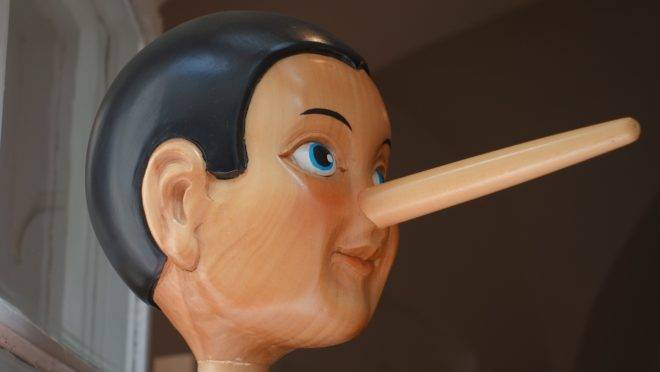 A mentira é matéria-prima essencial do discurso esquerdista.