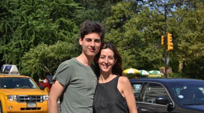 """Vania e o filho Vinicius na primeira viagem do """"projeto"""" com os filhos. Foto: Arquivo pessoal."""