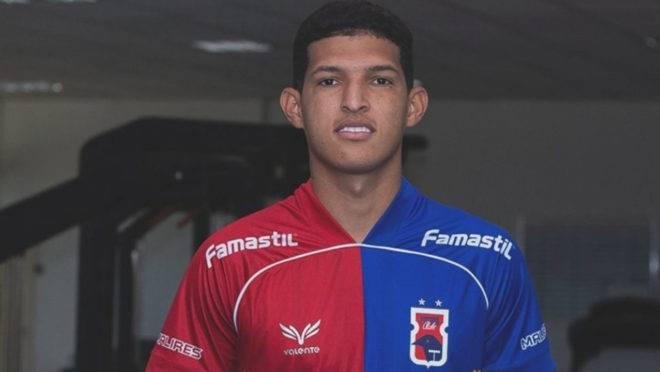 Matheus Mathias é reforço do Paraná par a a Série B