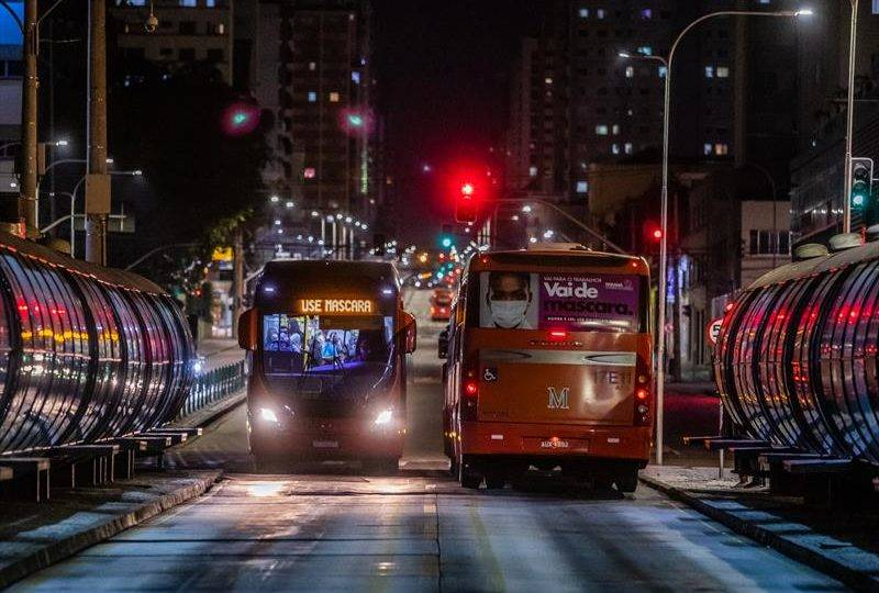 Pandemia de coronavírus em Curitiba soma mais 352 casos e 6 óbitos