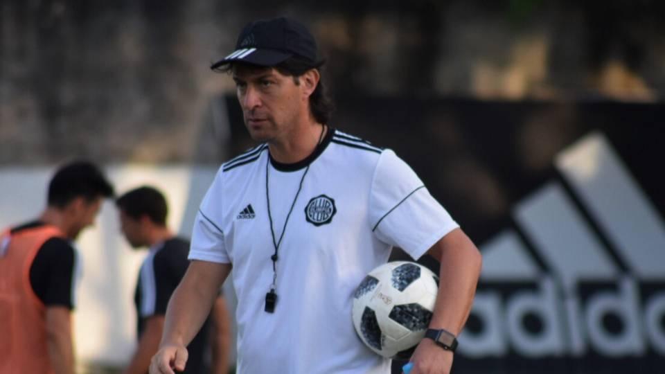 Técnico argentino que se destacou no Paraguai é oferecido ao Coritiba