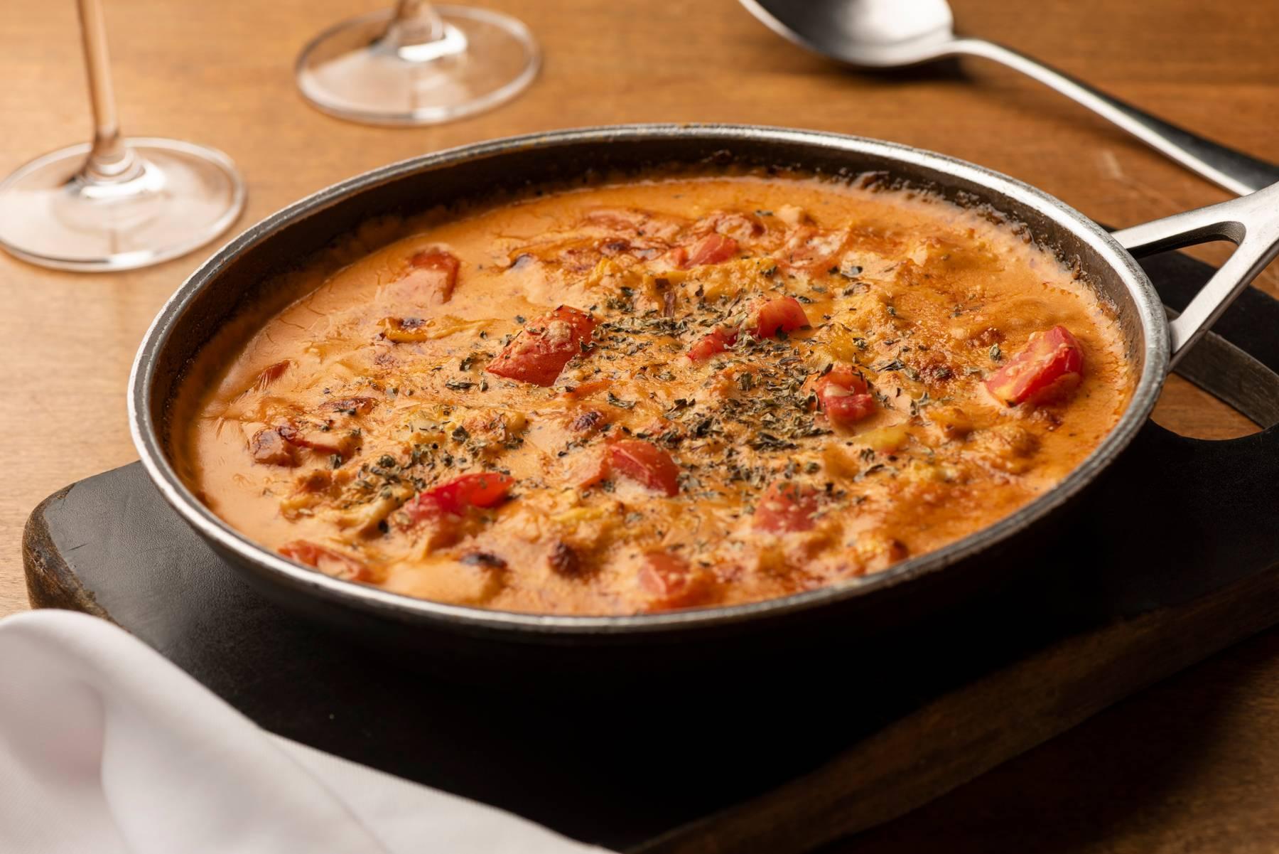 Ravioli de carne ao molho à siciliana, opção do menu das duas unidades do Barolo Trattoria (Silva Jardim e ParkShoppingBarigüi).