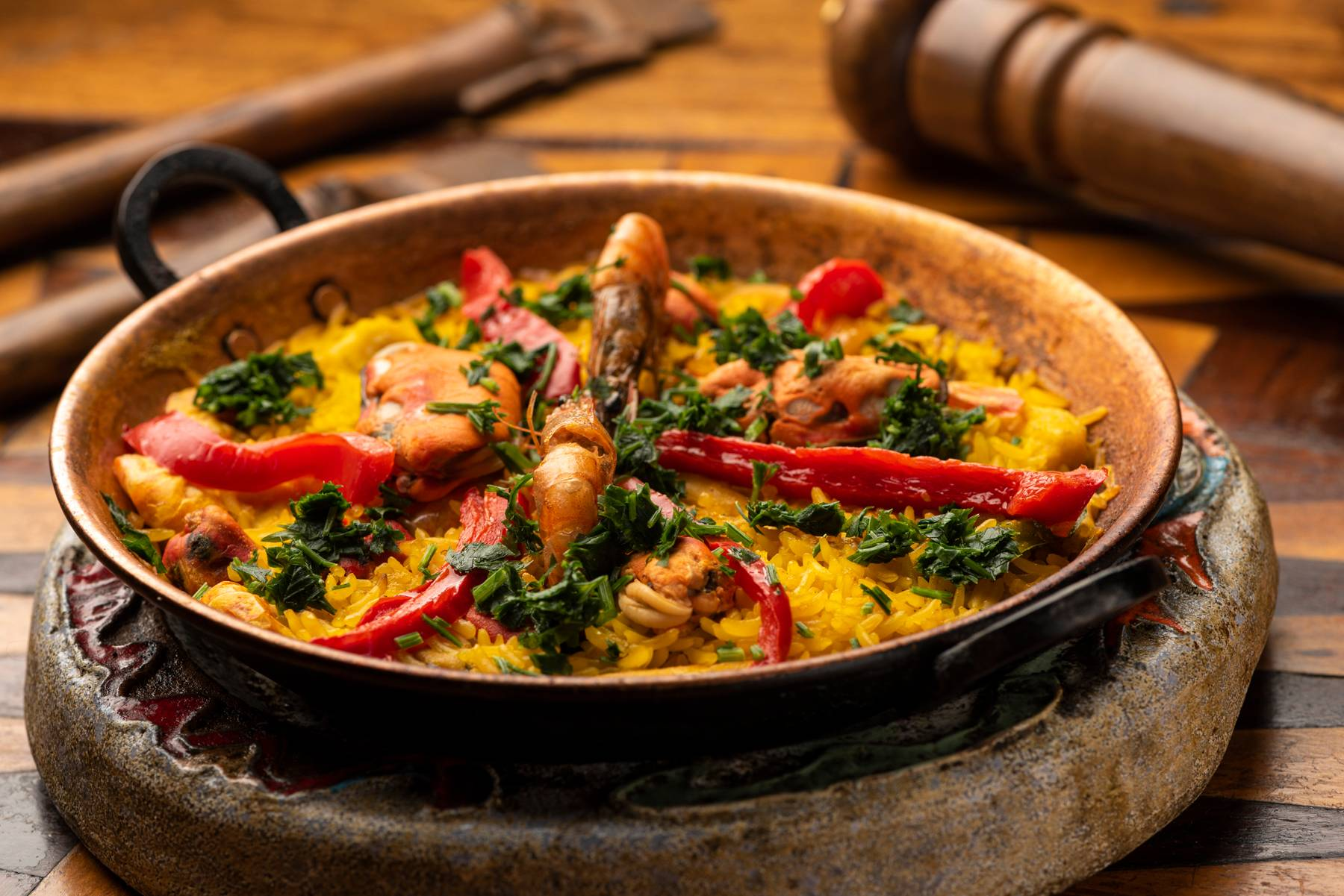 Clássico do Pata Negra, a  Paella Marinera, à base de frutos do mar, está de volta ao menu desta edição do Festival Bom Gourmet.