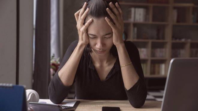 Um dia, uma semana ou um período maior de dificuldades no trabalho podem acontecer. Mas até que ponto isso é normal?