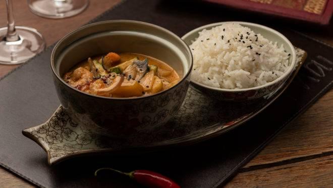 Camarões ao Curry vermelho, do Thai Restaurante Thailandês, uma das atrações de sabores marcantes do Festival Bom Gourmet.