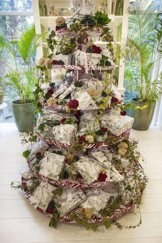 Última árvore de Natal para a revista. produção de árvore de Natal tradicional com Marcos Soares