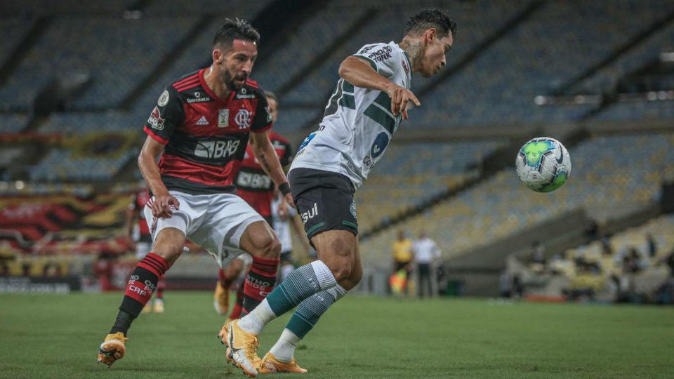 """Coritiba aposta em nova tática e sofre """"bombardeio"""" do Flamengo"""