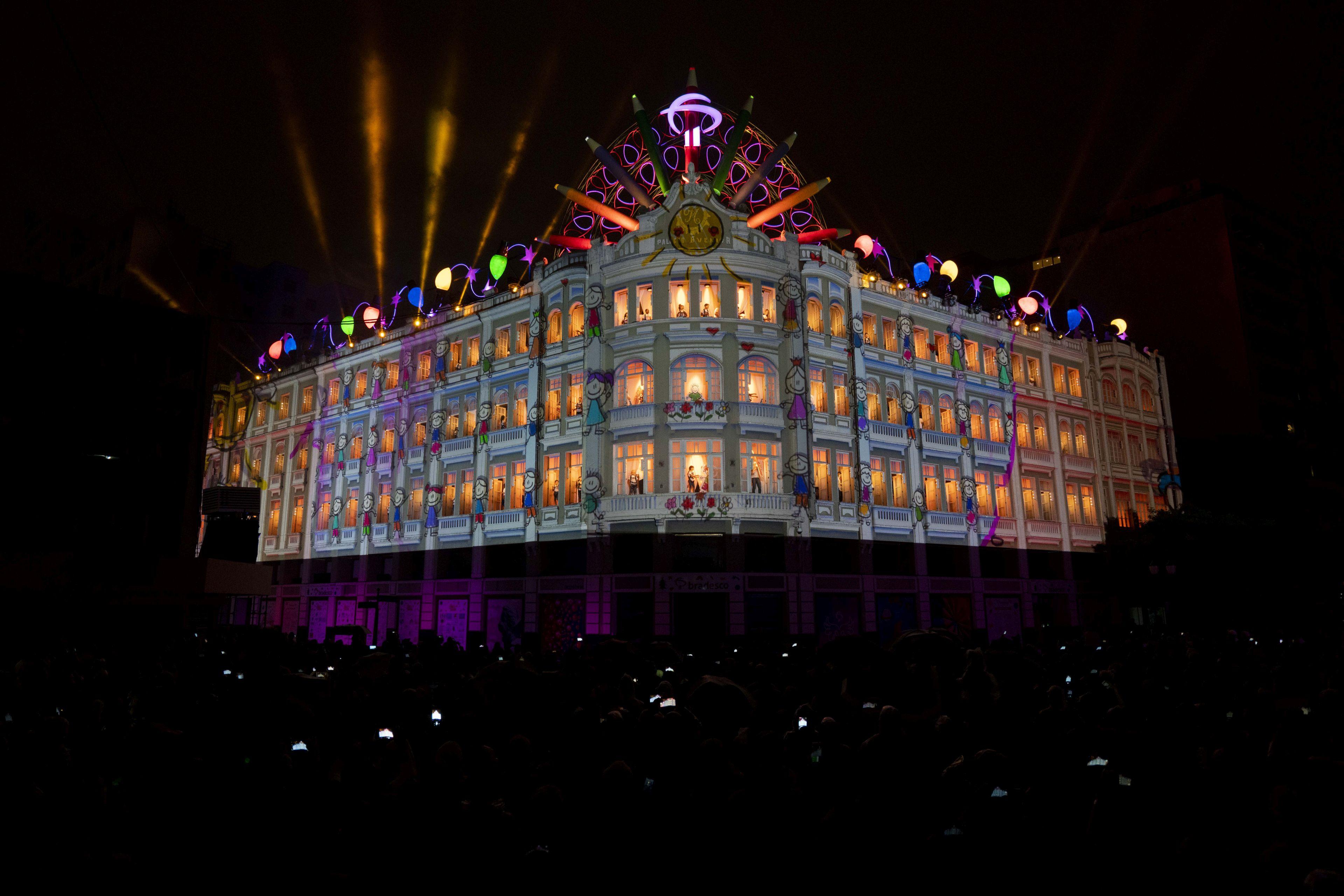 Eventos no Palácio Avenida são figurinhas carimbadas no Natal curitibano.