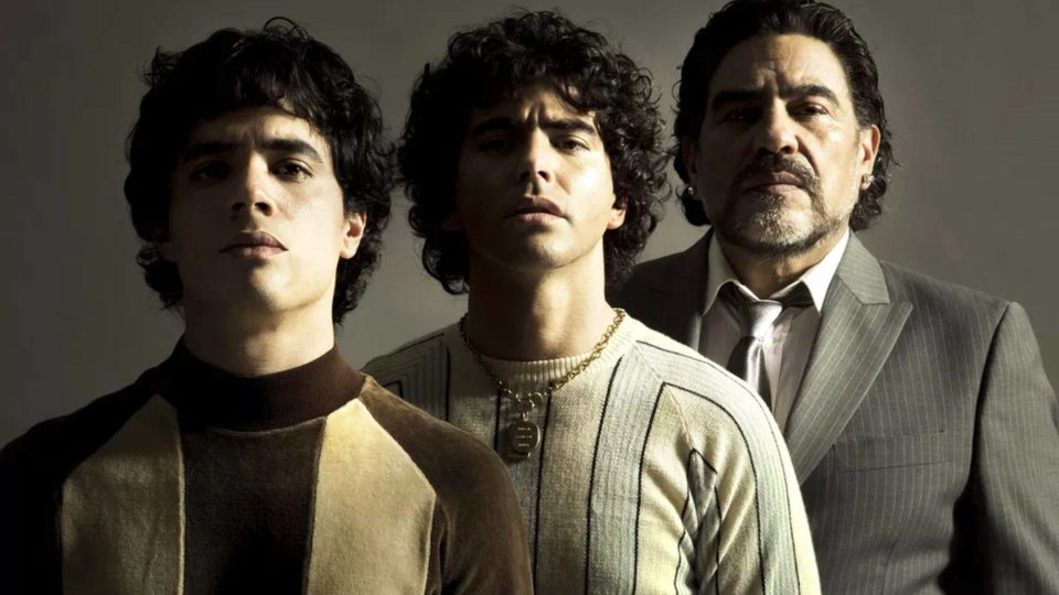 Maradona morreu sem ver nova série biográfica, adiada para 2021