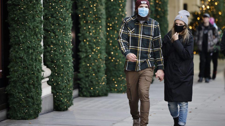 Novas infecções por coronavírus desaceleram no Reino Unido