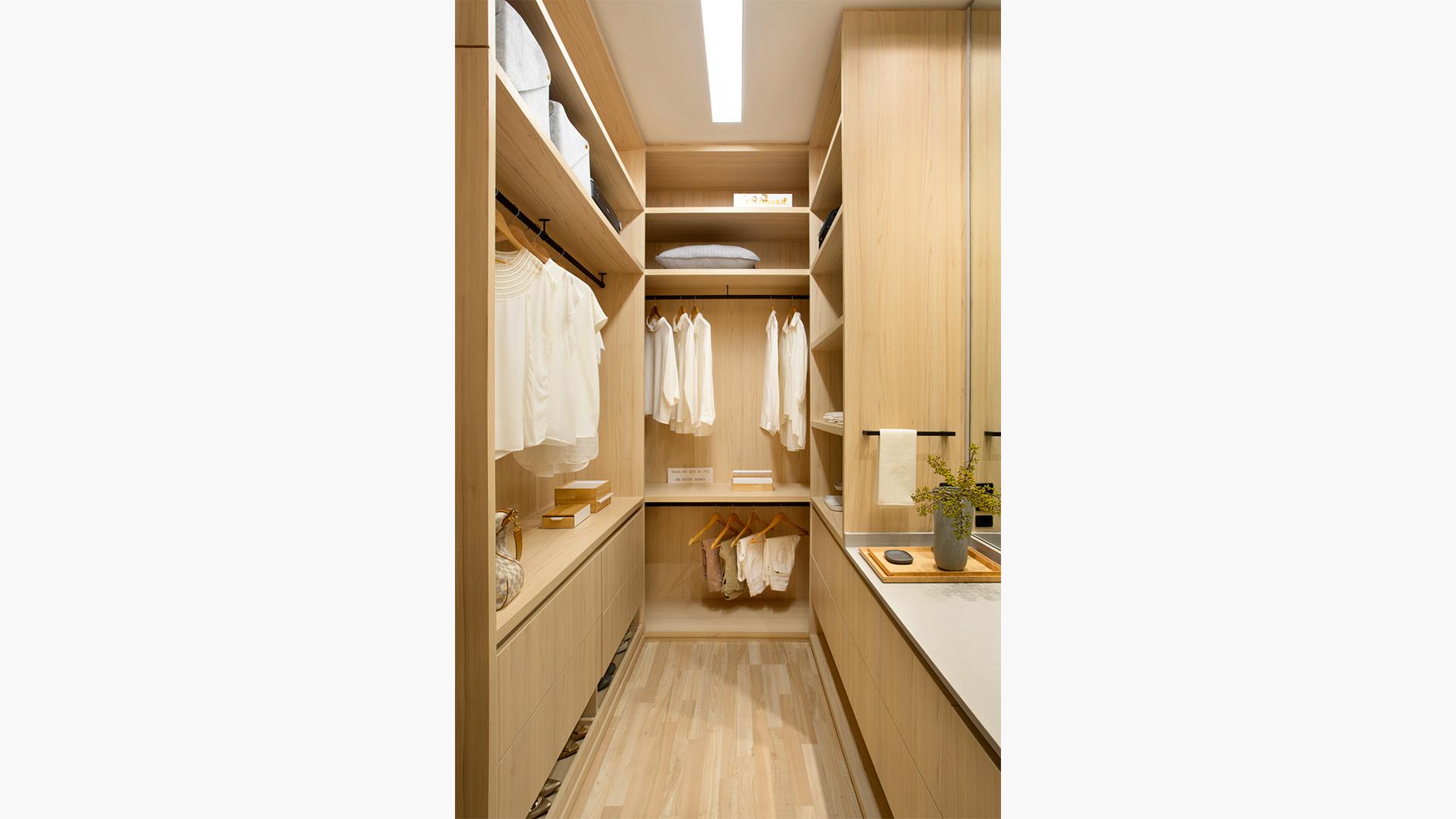 Mobiliário fabricado com os painéis de MDF desde 2015 já estão protegidos, graças à ação ampla da tecnologia. Na foto, projeto Hobjeto Arquitetura com MDF Bilbao Guararapes.