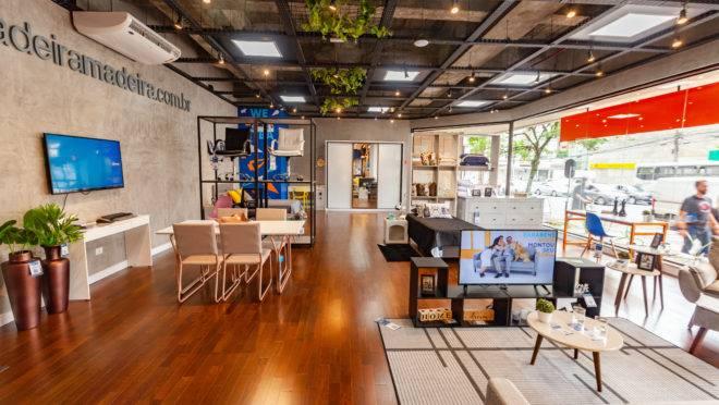 Primeira loja física do MadeiraMadeira foi inaugurada em Curitiba e segue o conceito de guide shop.