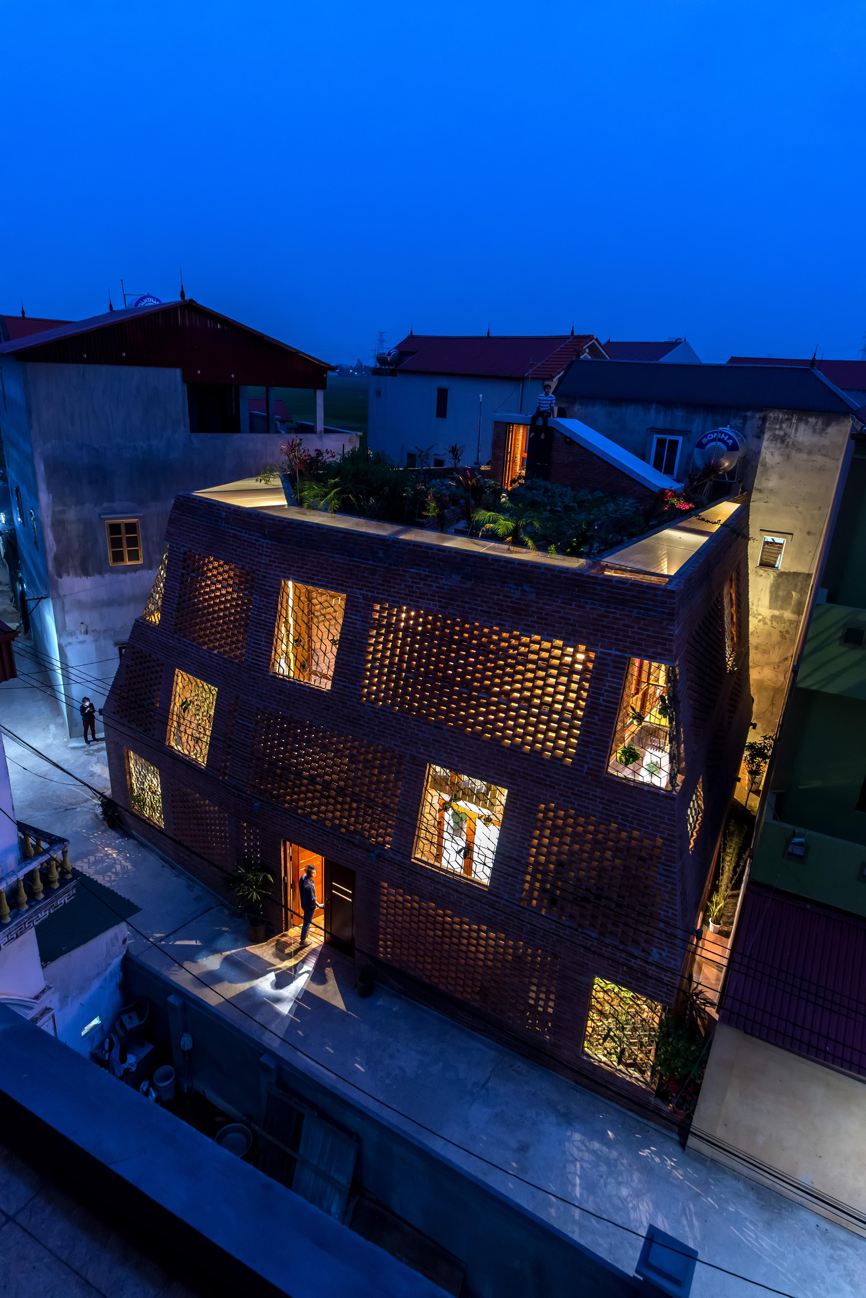 Casa de tijolos no Vietna.