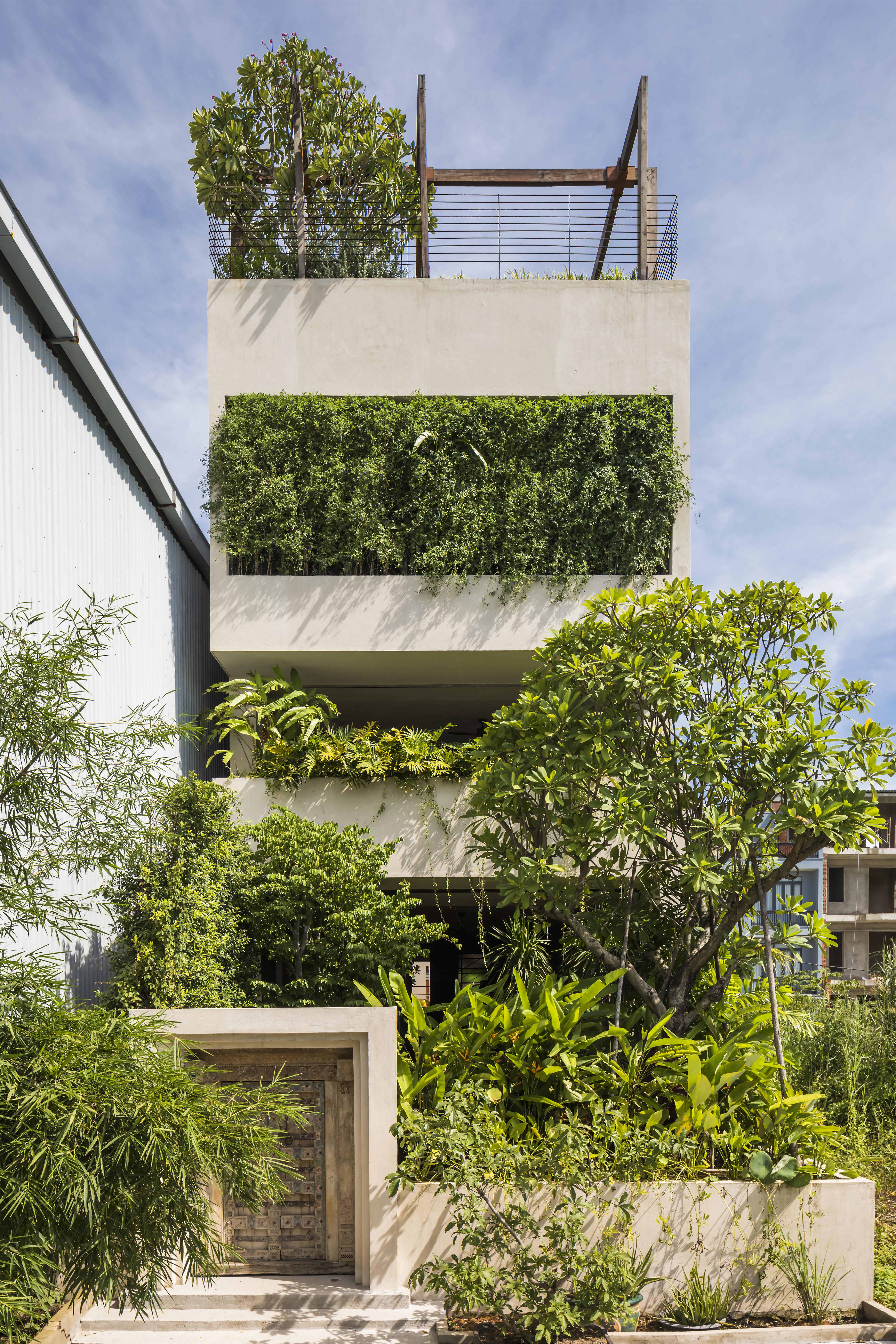 Edifício de concreto em Hanói.