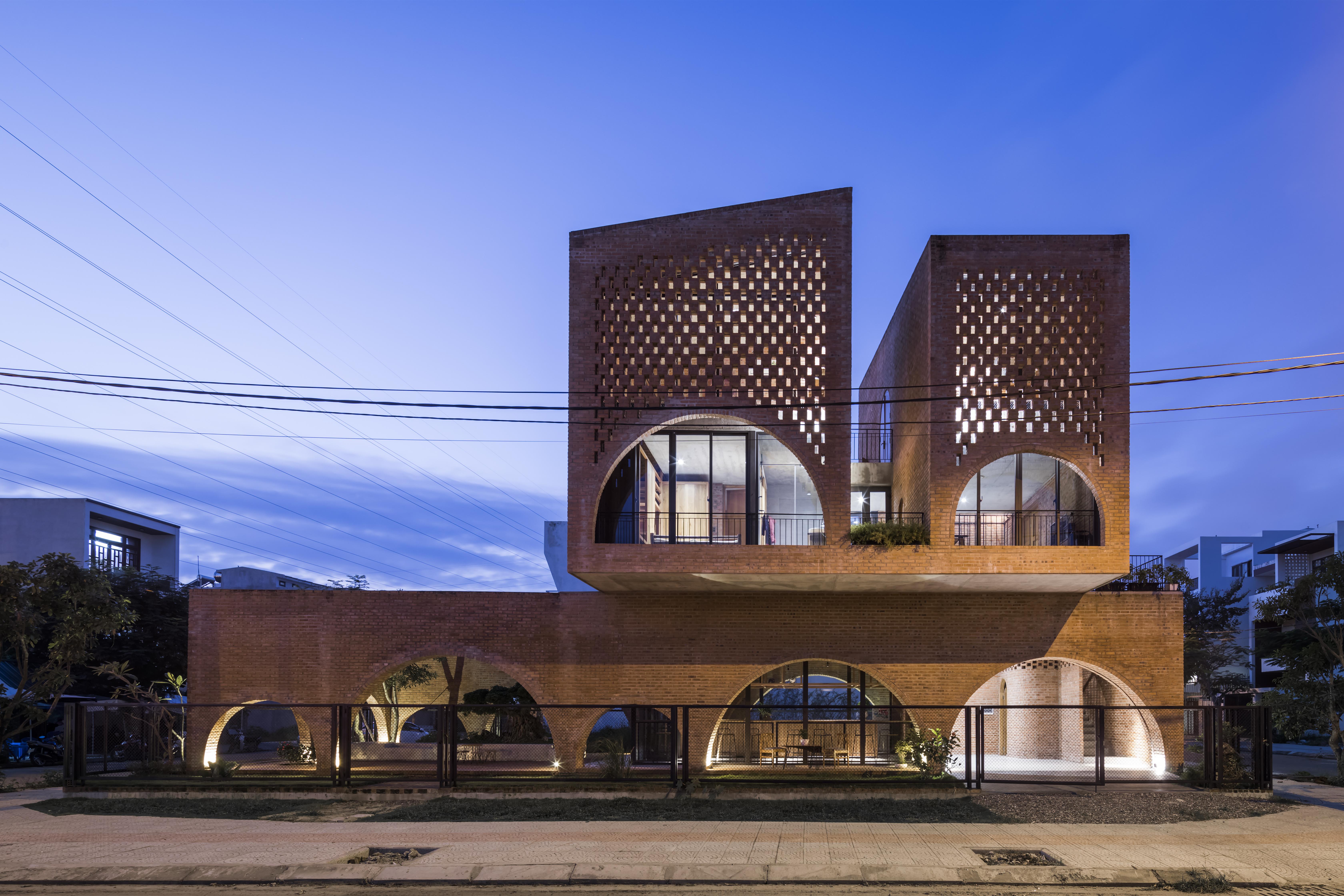 Arquitetura moderna em Hanói.