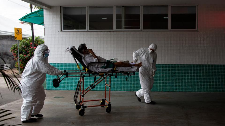 Brasil registra 1.337 mortes pela Covid-19 e chega a 252.835 óbitos