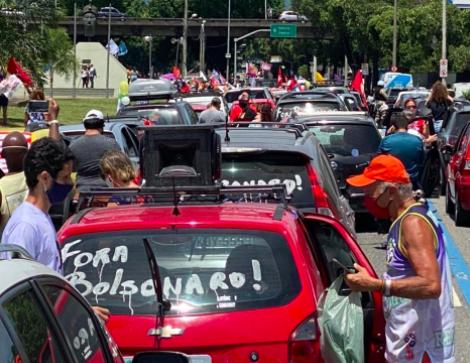 Carreatas contra Bolsonaro ocorrem em todas as regiões do Brasil