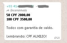 """Oferta de CPFs em grupo no WhatsApp para uso em fraude do auxílio emergencial: """"Todos com garantia de saldo""""."""
