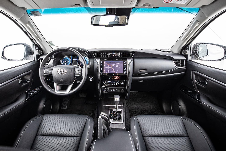 Interior do novo Toyota SW4