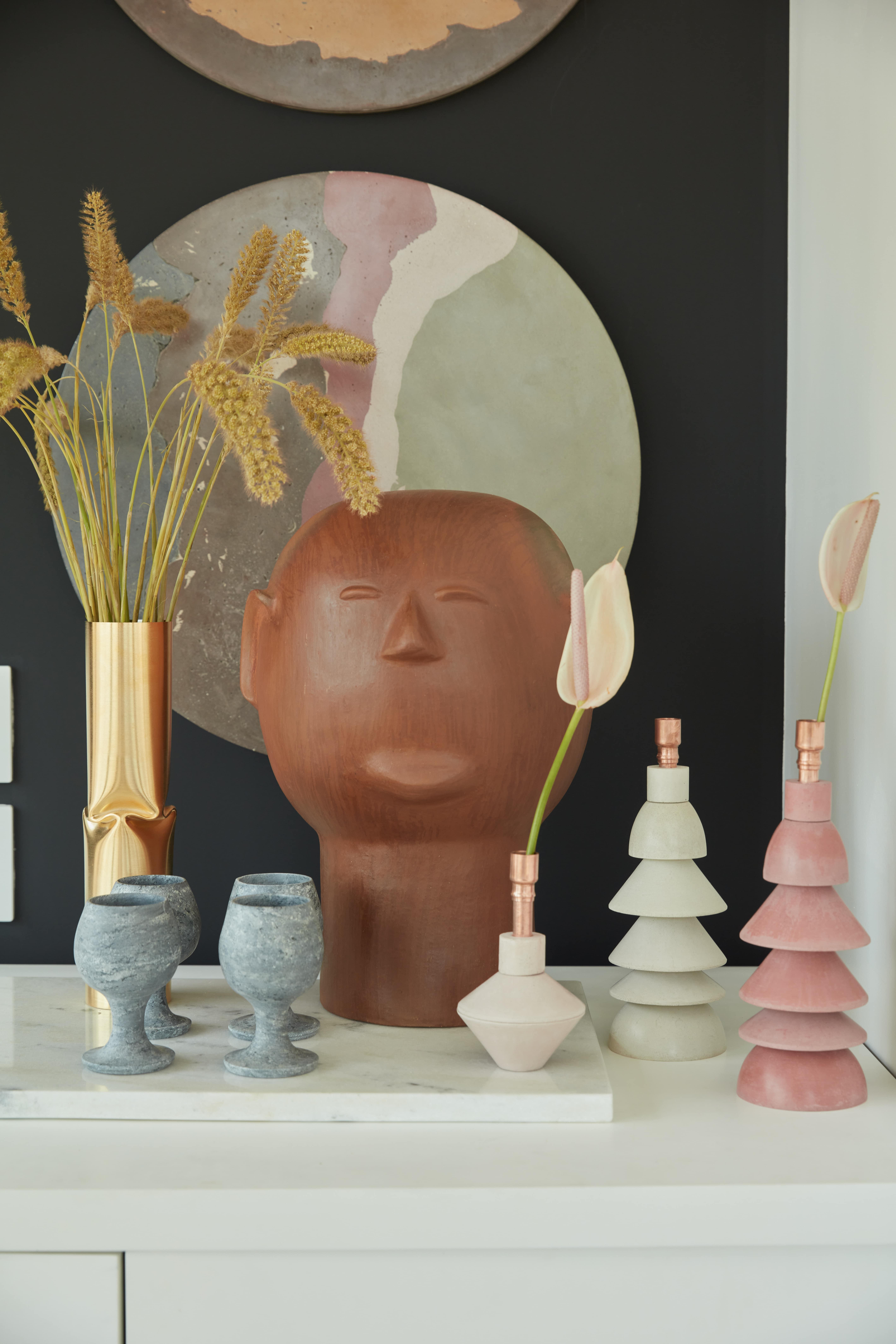 Detalhe de objetos decorativos da casa da atriz Giovanna Antonelli.
