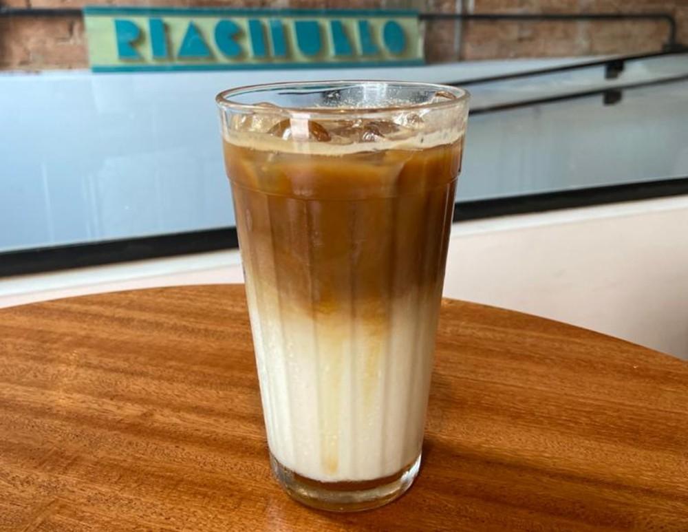 Iced Caramel é uma das opções de cafés gelados do Vedette. Foto: Gisele Rech