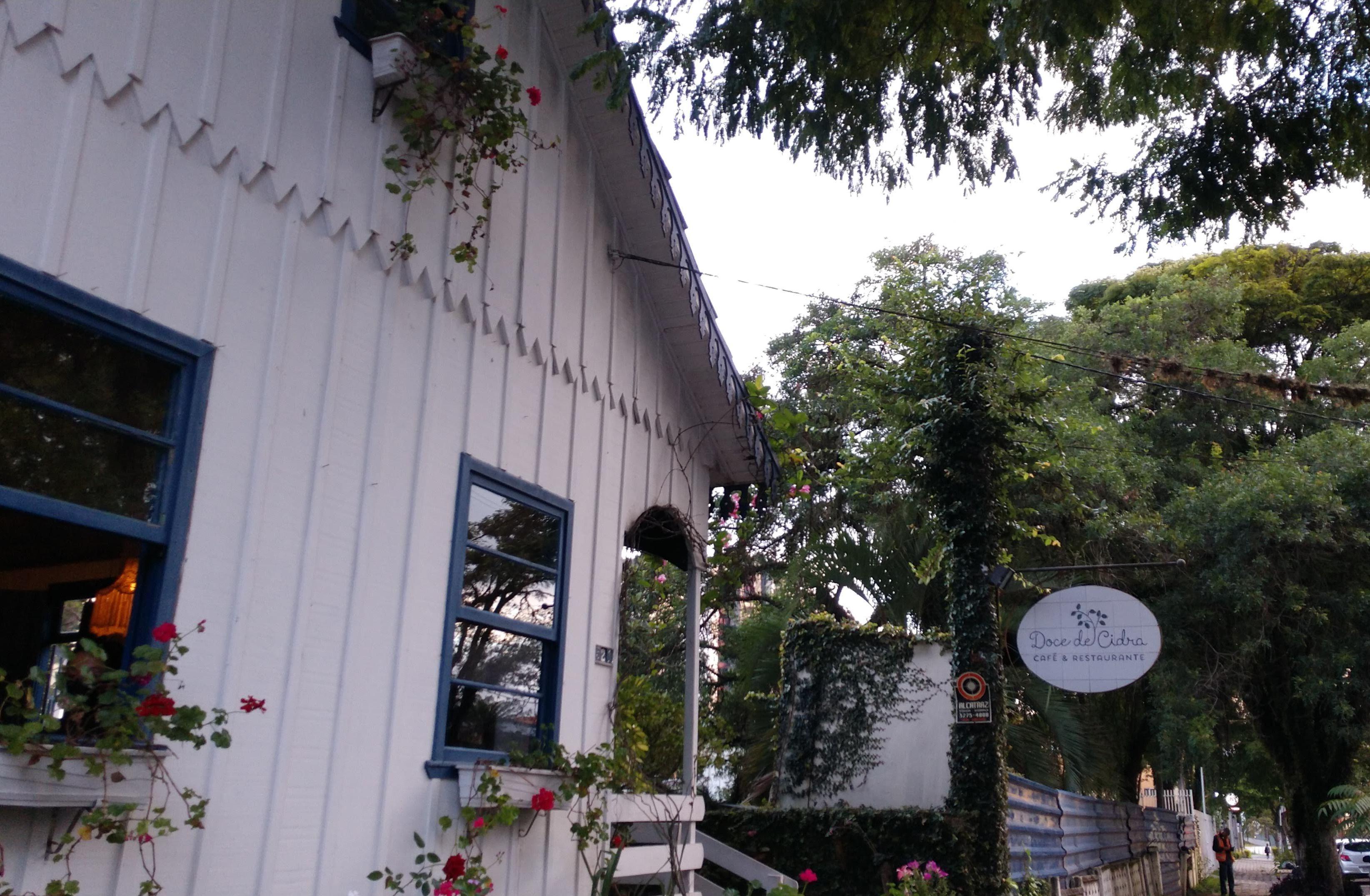"""Doce de Cidra, a aconchegante """"casa de avó"""", que agora também oferece as inigualáveis batatas de Beto Amorim."""