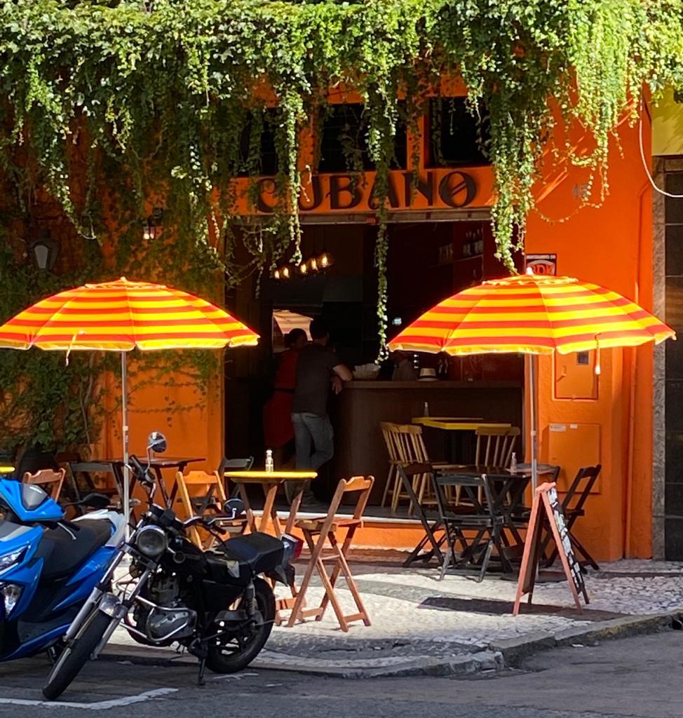 Cubano fica na Alameda Doutor Carlos de Carvalho. Foto: Gisele Rech