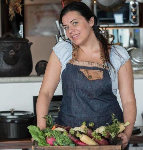 """""""Eu sou a cozinha popular brasileira sem medo de clichês"""", diz Rueda. Foto: Divulgação"""