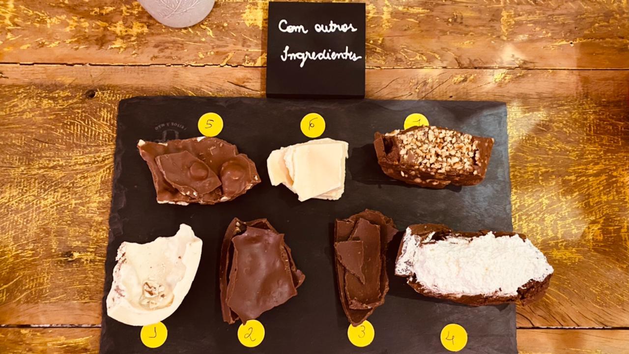 Amostras de chocolate degustados pelos jurados em casa. Foto: Bárbara Sordi.