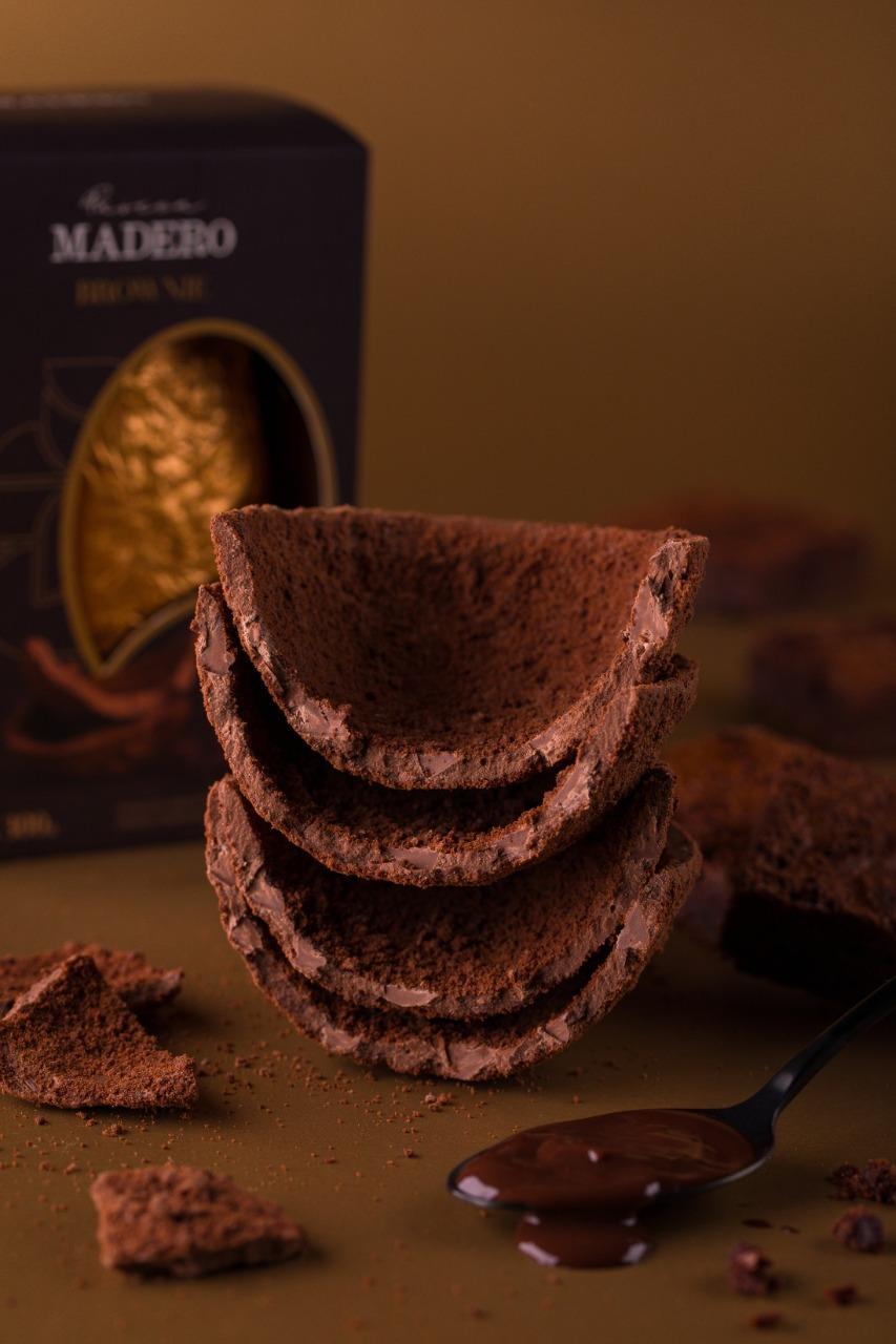 O ovo brownie tem toque da sobremesa na parte interna do produto.  Foto: Guto Souza