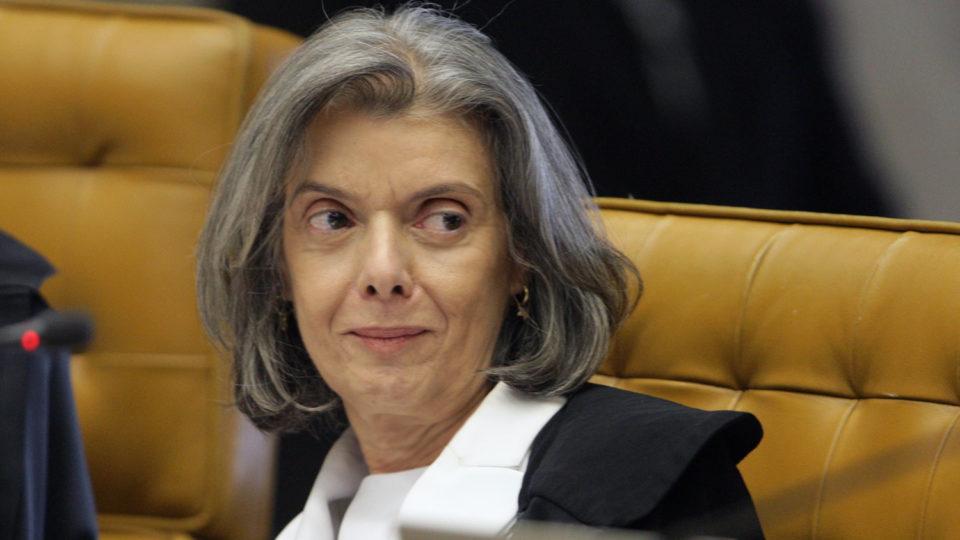 STF abre prazo para Lira se manifestar sobre não abertura de impeachment de Bolsonaro