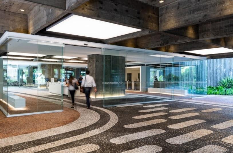 Detalhe da nova recepção central do condomínio São Luiz.