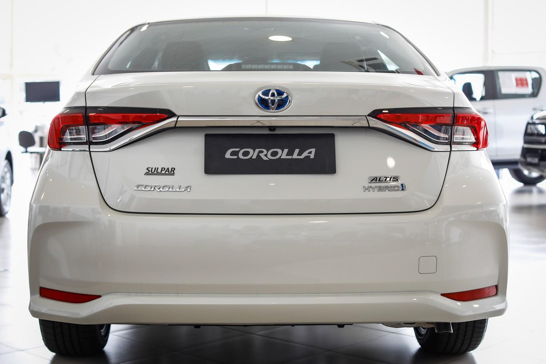 Toyota Corolla sedã de traseira