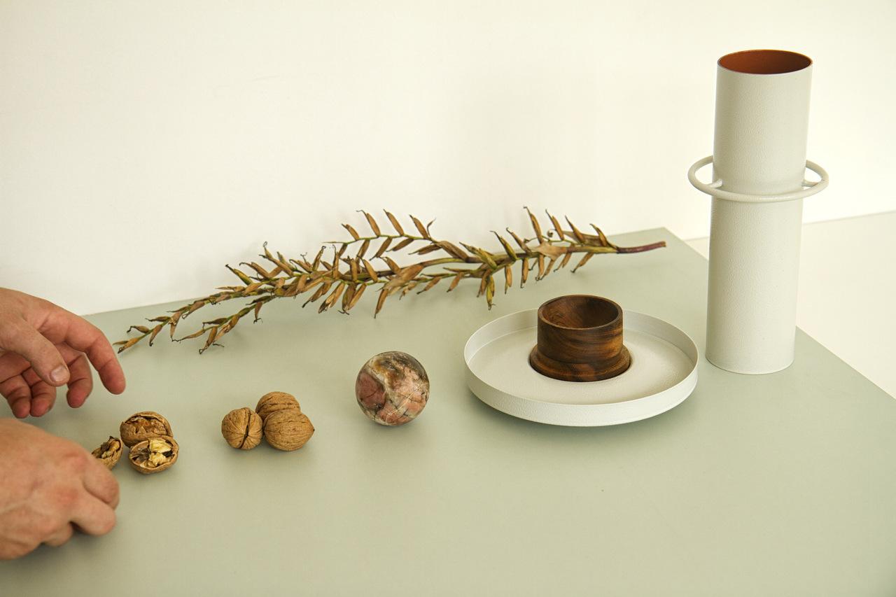 O vaso quebra nozes passou por vários protótipos até chegar na versão final.