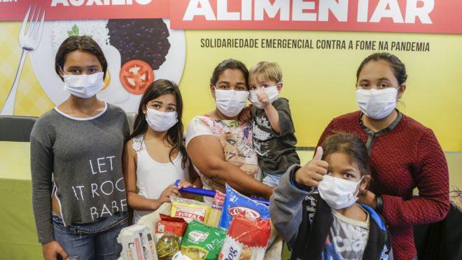 Curitiba lança auxílio alimentar de R$ 70 para famílias carentes