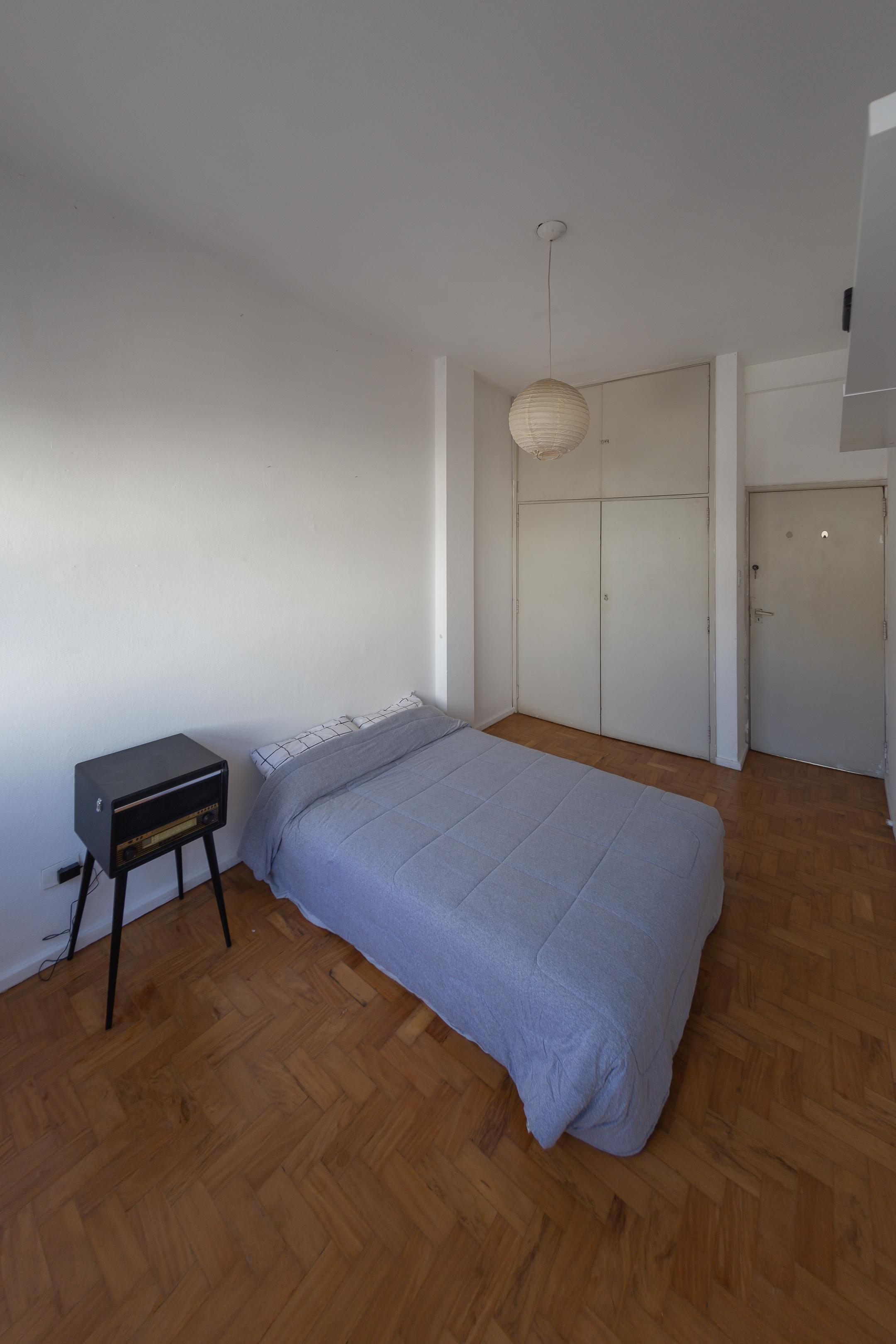 Antes: um quarto de visitas totalmente branco. Fotos: Célio Olizar/Divulgação.