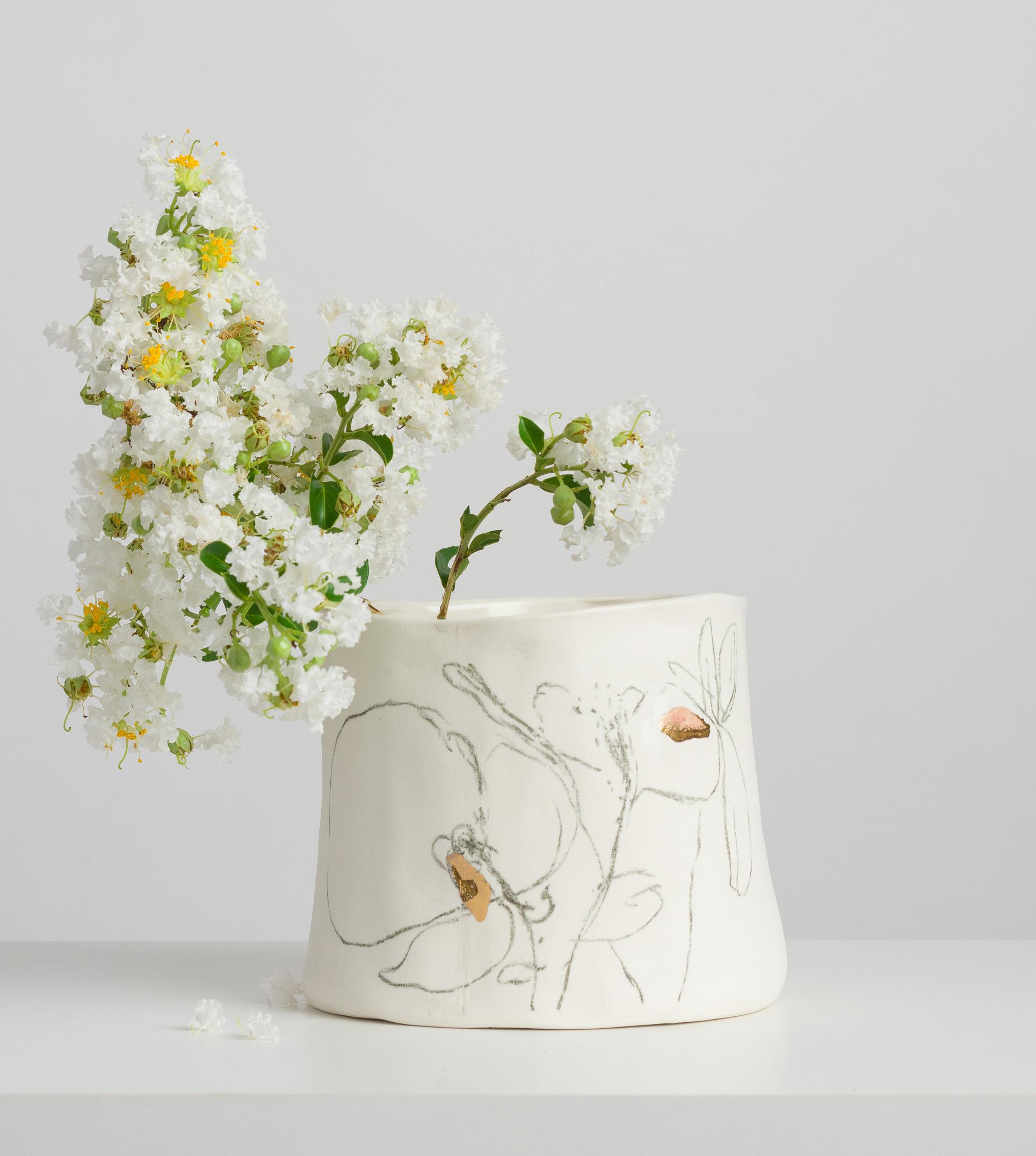 Vaso único da série Botânica do Atelier Le Motif.