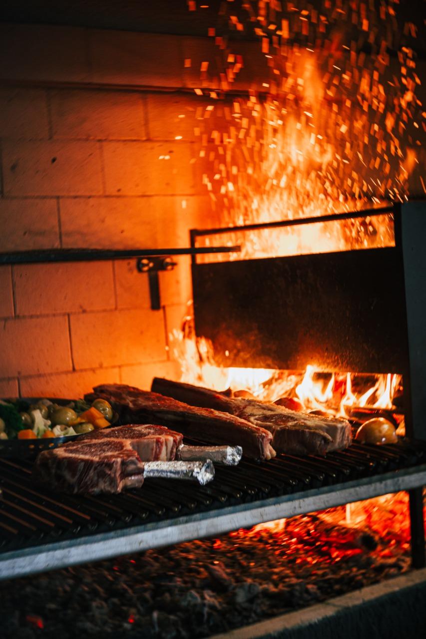 A parrilha e a brasa serão o foco principal da gastronomia do Galleria 41.