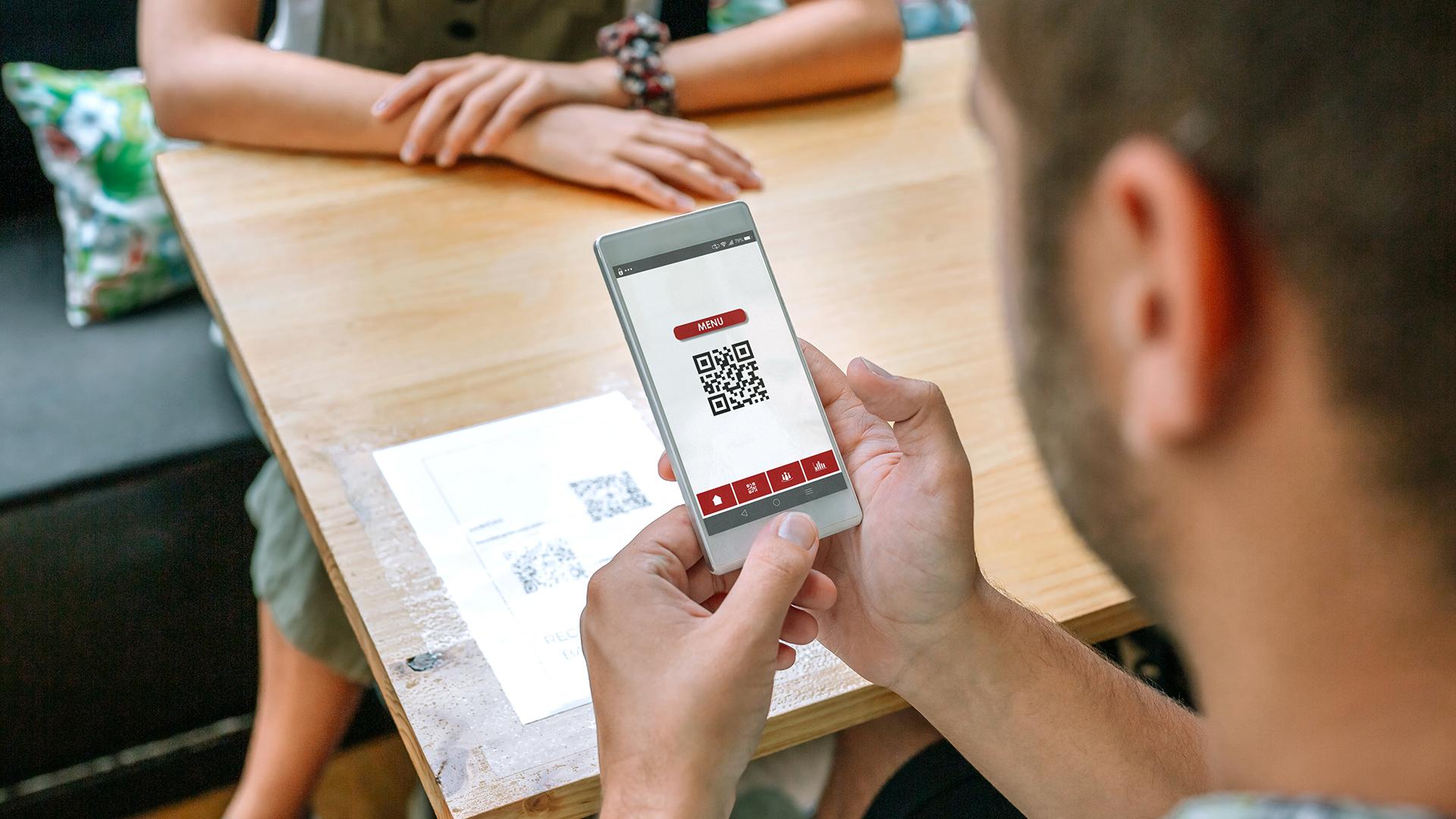 O cardápio digital pode ser acessado pelo cliente através de um simples QR code.
