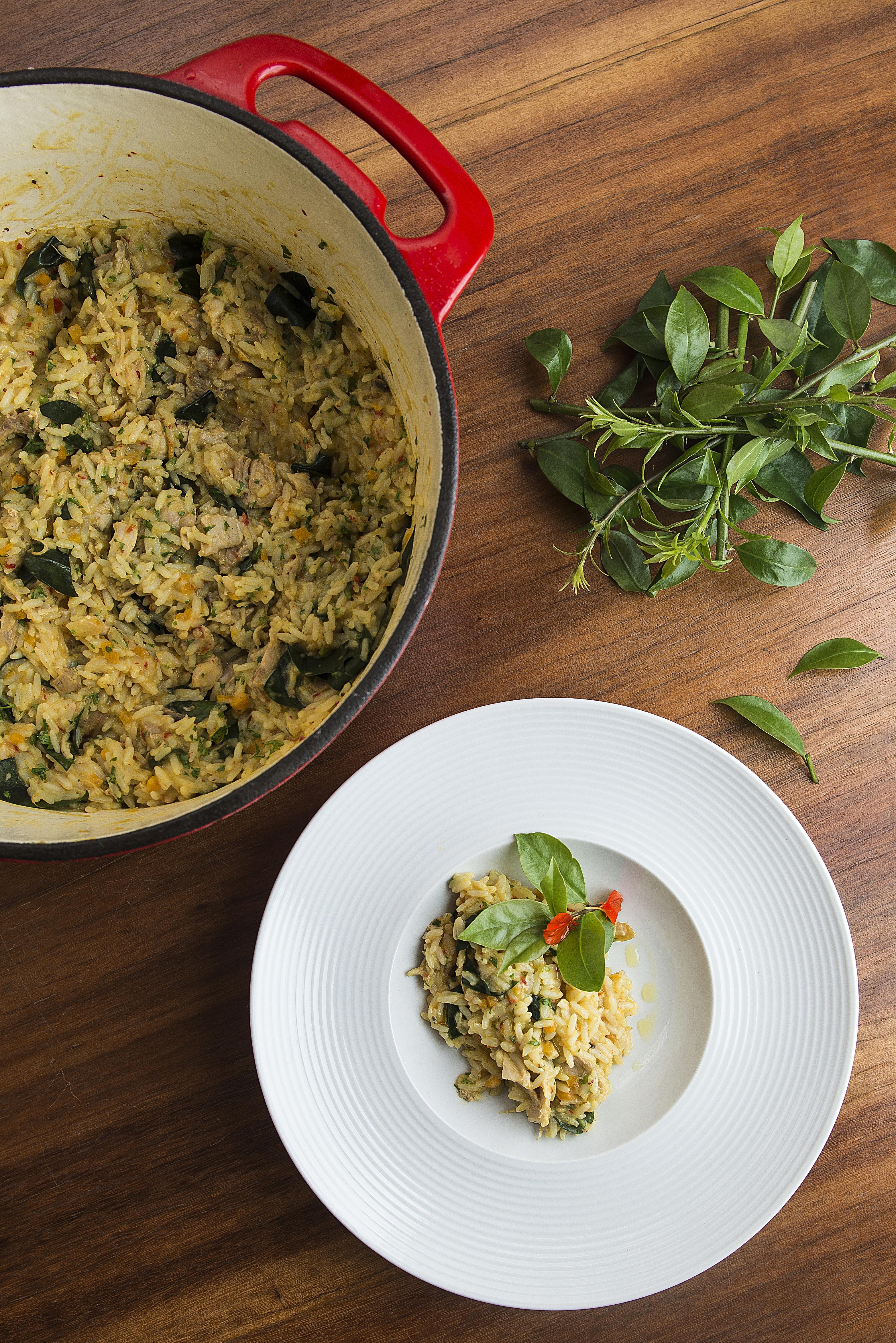 Chef Washington Silvera propôs um saboroso arroz cremoso de frango, milho e ora--pro-nóbis.
