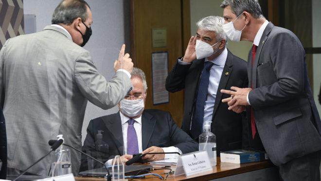 CPI da Covid: linha de investigação persegue cloroquina e falta de vacinas