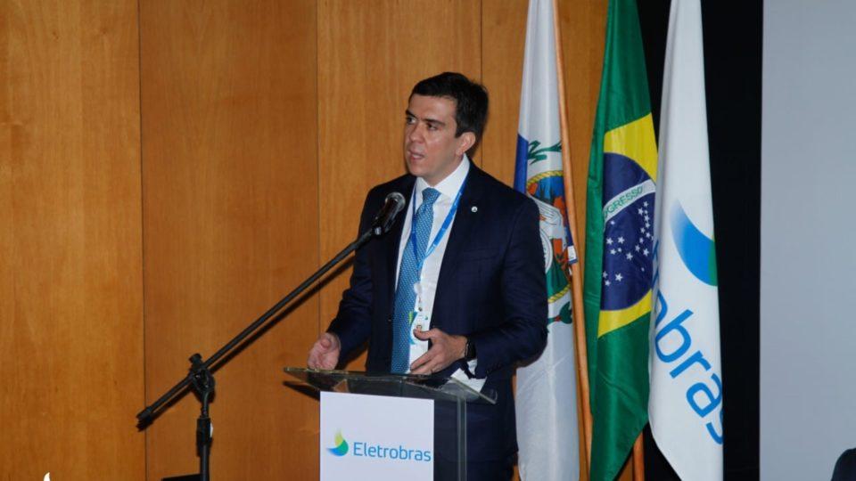 Em posse, novo presidente da Eletrobras defende privatização da estatal